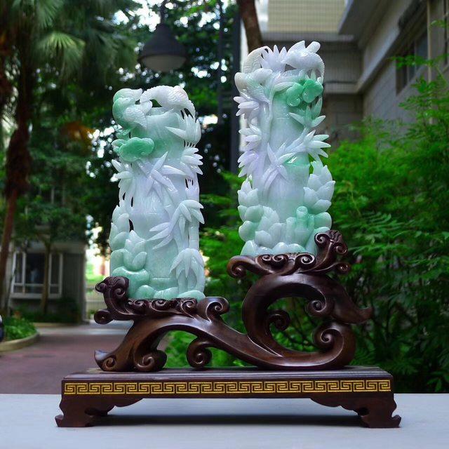 翡翠A货 老坑冰透春彩飘绿 节节高升富贵竹摆件