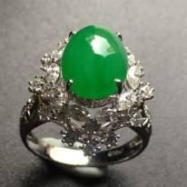 冰透陽綠蛋面翡翠戒指