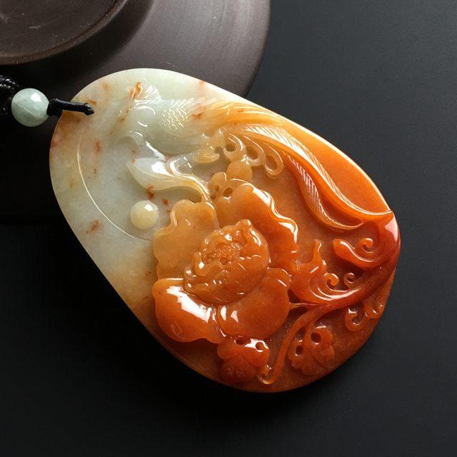 巧雕红翡鸟语花香翡翠吊坠 尺寸69-47-10毫米