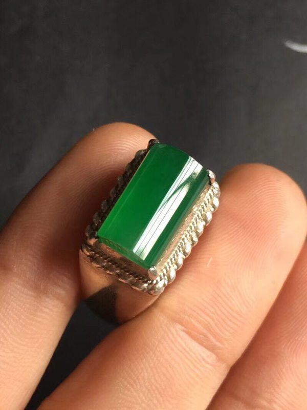 13.1*8*5.6寸冰种满绿 翡翠戒指