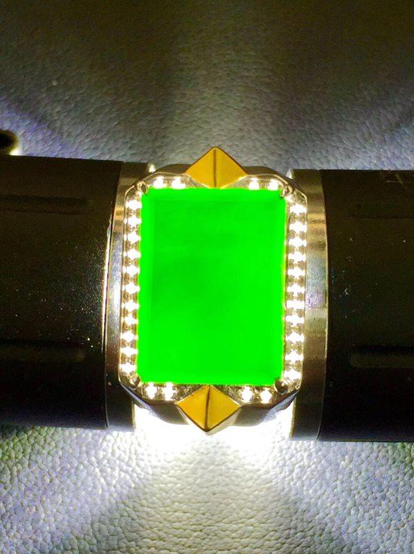 墨翠戒指 缅甸天然翡翠戒指 18K金+莫桑钻镶嵌