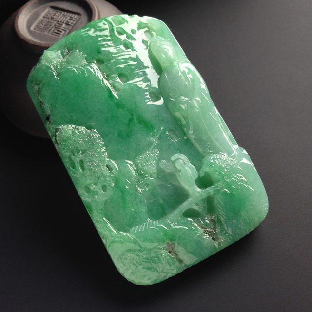 糯冰种阳绿一心向佛 翡翠吊坠 尺寸70.5-43-9.5毫米