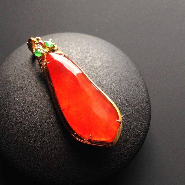 冰种红翡翡翠福瓜 翡翠吊坠 裸石26-11-2.5毫米