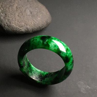 糯种满绿 天然翡翠戒指