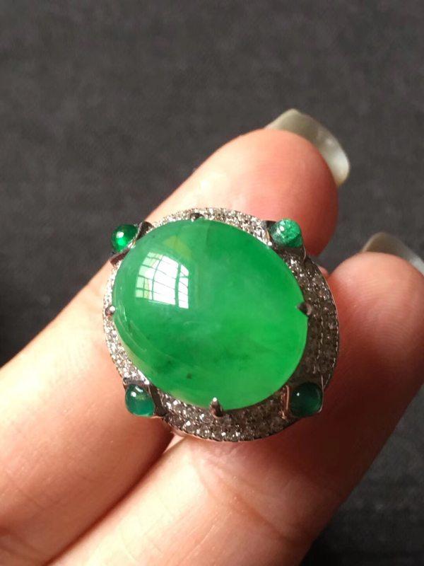 高冰起光正阳绿 缅甸天然翡翠戒指