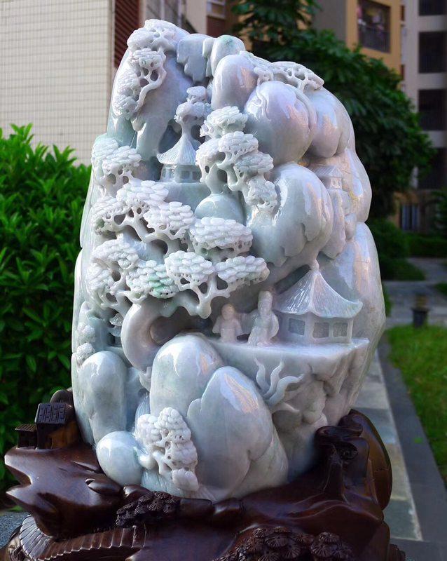 500.350.150寸精美春带彩翡翠山水摆件图2