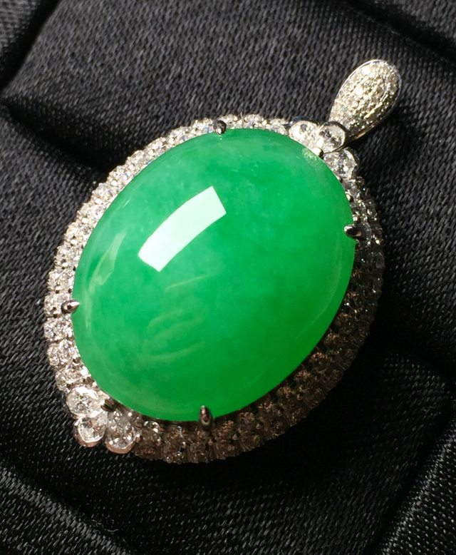 冰糯种满绿 20*15.6*8整体尺寸26.4*20.7戒指内径16.6mm