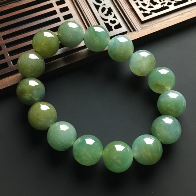 冰种黄加绿翡翠佛珠手链 直径15毫米