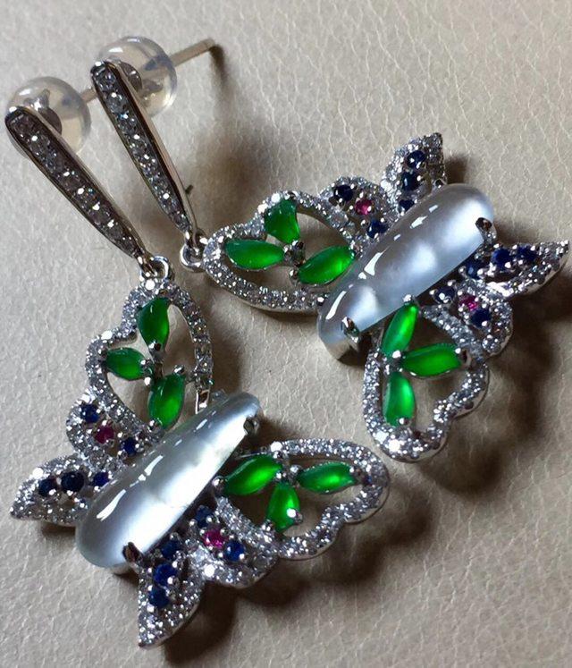 玻璃种阳绿 翡翠耳坠 13.8*4.8*3