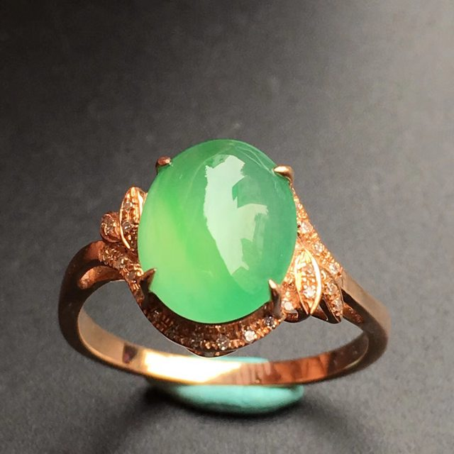 10.3*8.2*4mm冰种阳绿 翡翠戒指