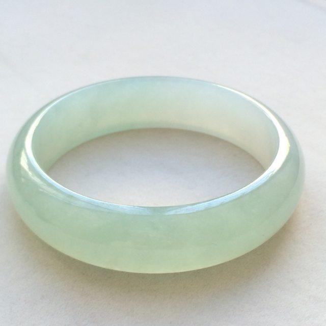 冰种晴水翡翠手镯  缅甸天然翡翠手镯  尺寸:54.6*15.1*6.8mm