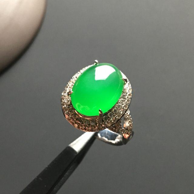 13-6-5寸冰种阳绿蛋面 缅甸天然翡翠戒指