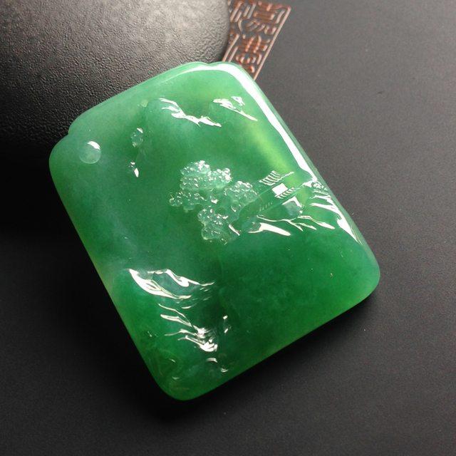 糯冰种满绿 指日高升翡翠吊坠 尺寸36-29-5.5毫米