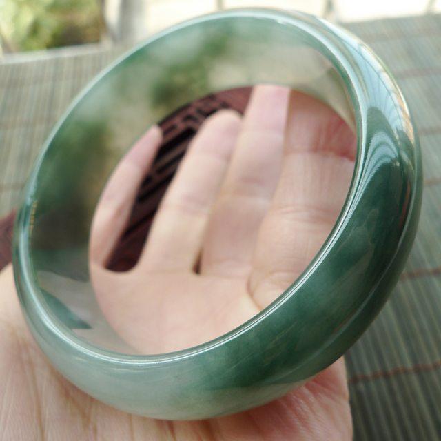 A货翡翠手镯 糯冰种飘花正装手镯56mm图6