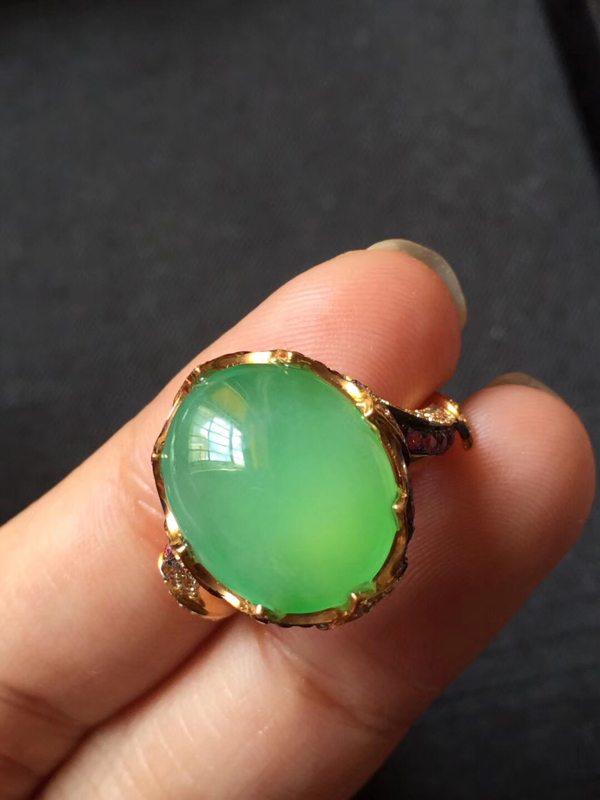 冰种阳绿完美无瑕木那 缅甸天然翡翠戒指