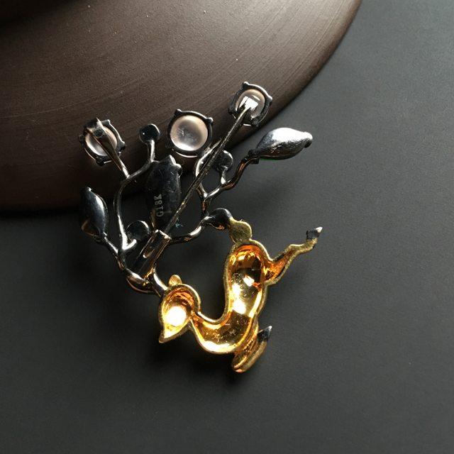 三彩梅花鹿翡翠胸针 整体尺寸30-34-6毫米图7
