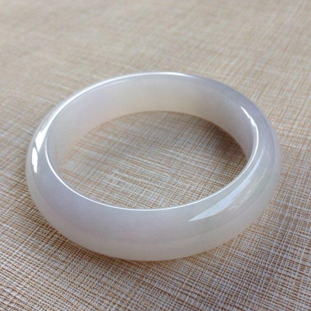 老种带底色翡翠手镯  缅甸天然54.5正装手镯