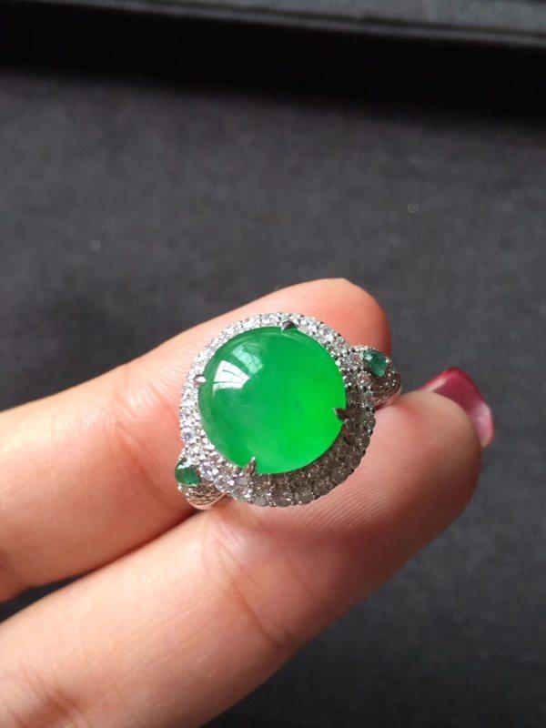 高冰种艳阳绿色标 缅甸天然翡翠戒指 种色极佳