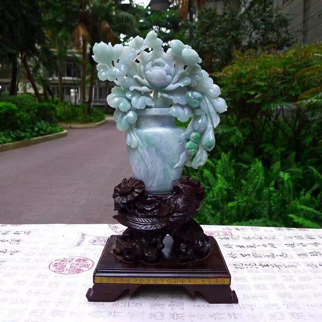 老坑糯种浅春彩 翡翠A货 牡丹花瓶摆件