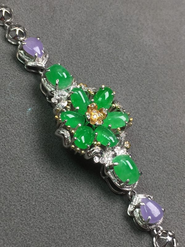 冰种满绿花翡翠手链