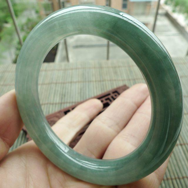 A货翡翠手镯 水润满绿圆条手镯55.5mm