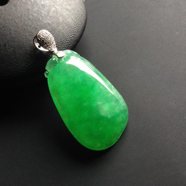 冰种阳绿翡翠福瓜 翡翠吊坠 裸石27-16-6毫米