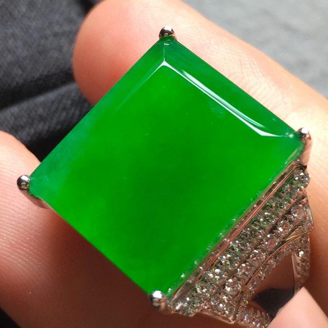 16*13.8*4寸高冰阳绿 翡翠戒指