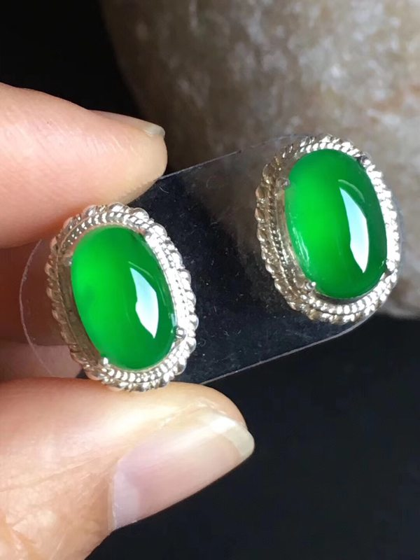 老坑冰种 缅甸天然翡翠戒指11.4-7.2-4.8mm