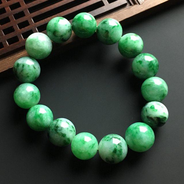 飘绿佛珠翡翠手链 直径12毫米
