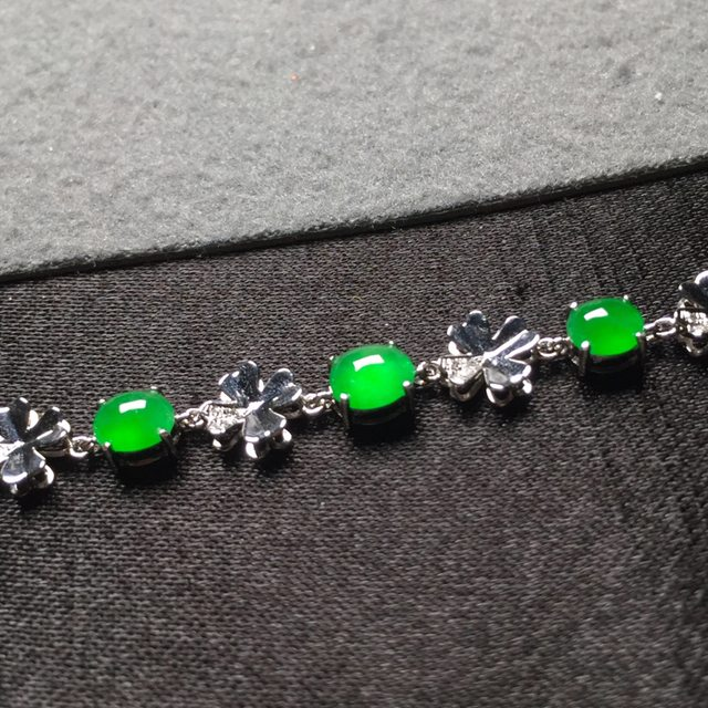 冰阳绿翡翠手链 5.4*4.7*3图5