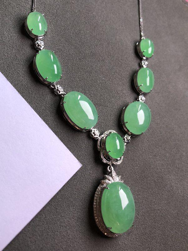 冰阳绿天然翡翠项链