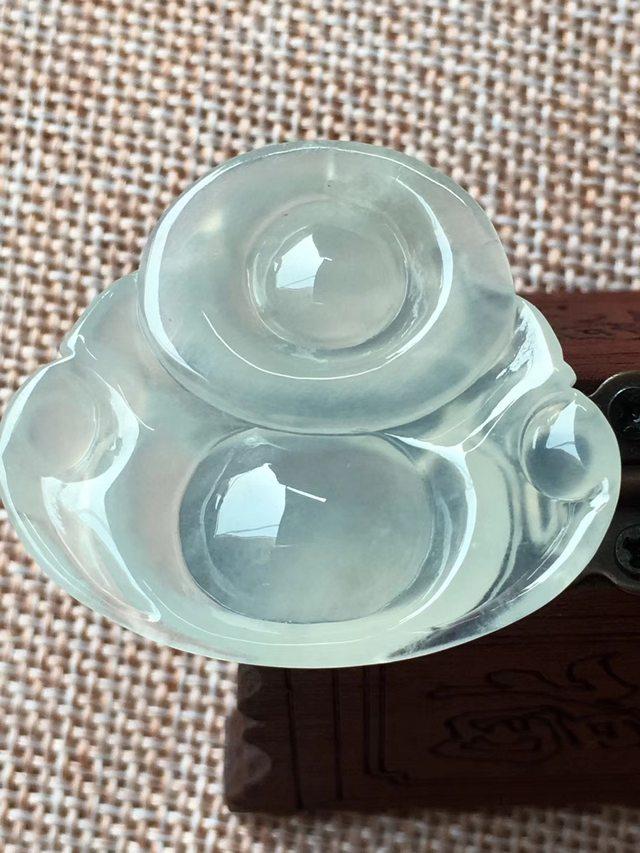 冰起荧光佛公 翡翠挂件 尺寸30.6*34.4*6.5