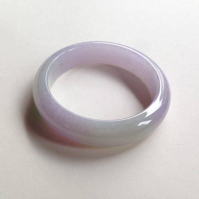 糯种春彩翡翠平安镯 正圈尺寸:54.4/14/8.2mm64.3g
