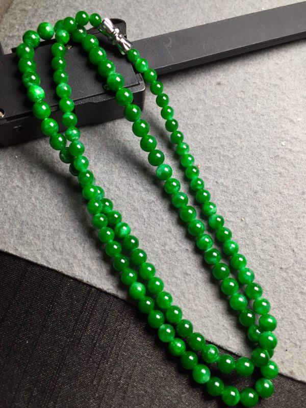 冰种浓绿翡翠珠链 共108颗