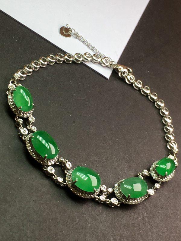 冰种满绿蛋面翡翠手链