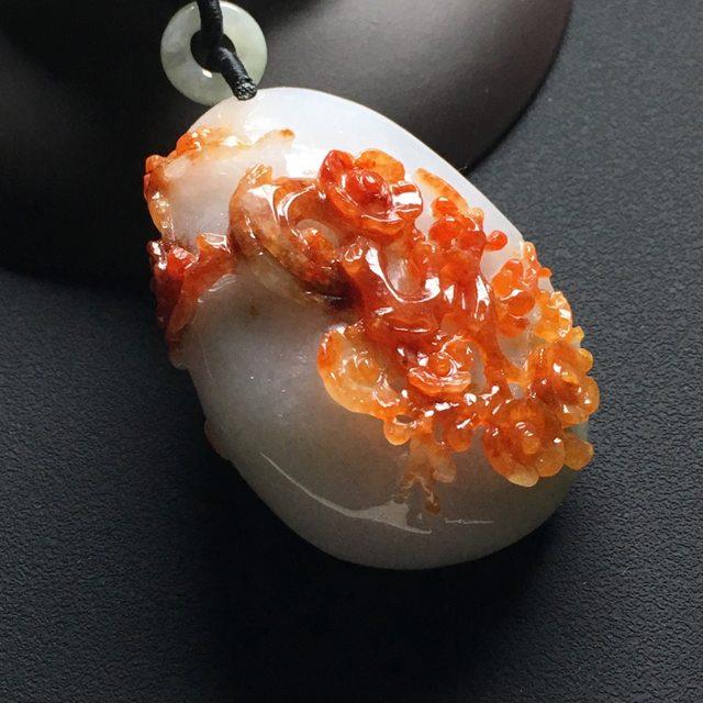 巧雕红翡花开富贵 翡翠吊坠 尺寸:46-32-18毫米