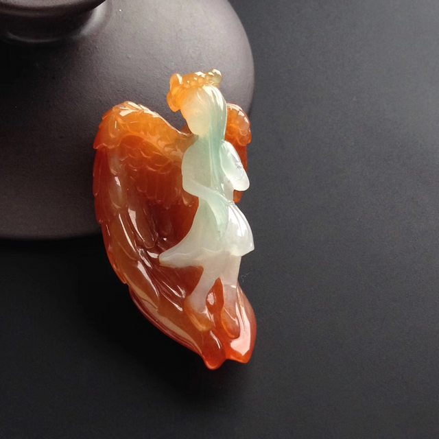 糯冰种红翡天使  尺寸42-26-16毫米