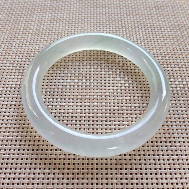 白冰种无色圆条翡翠手镯 尺寸:54.2x9.6x9.5mm
