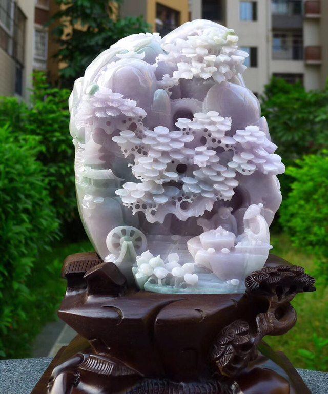 230.180.80寸冰糯浅紫色 高山流水翡翠摆件图4