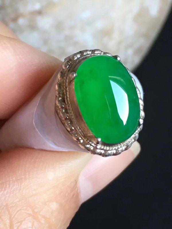 12.5-8.7-4.4mm老坑冰种 正阳绿色 缅甸天然翡翠戒指