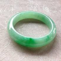 糯冰种飘绿翡翠平安镯
