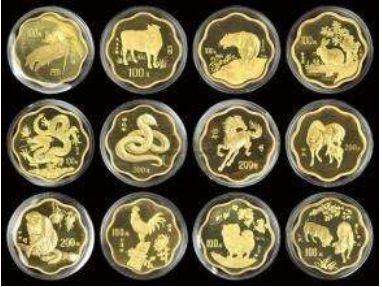 南昌市老八一商场邮币卡市场-长期回收收购旧版人民币纪念钞连体