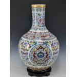 珐琅彩粉彩瓷器花瓶