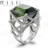 碧玺戒指18K白金 宝石戒指 女 35.39克拉绿碧玺 1.89克拉钻石