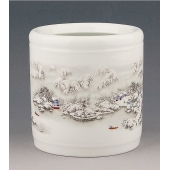 景德镇陶瓷雪景笔筒