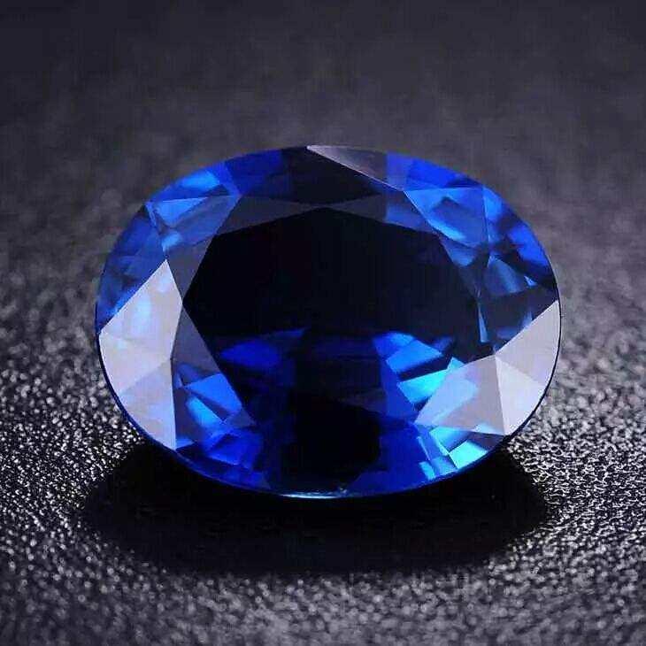 蓝宝石为何没有翡翠那么吸引中国人?蓝宝石收藏价值分析
