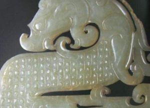 龙形玉器有什么渊源?龙形玉器真的是皇室的象征吗?