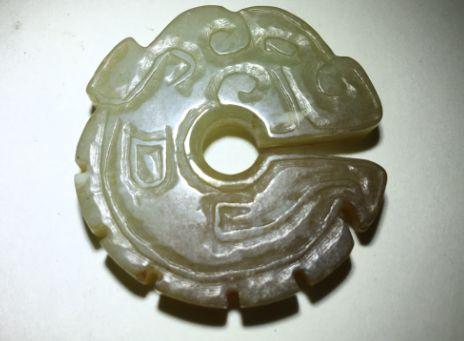 不同时代的龙纹在玉器上具有什么独有的特征?说了你可能不会相信!
